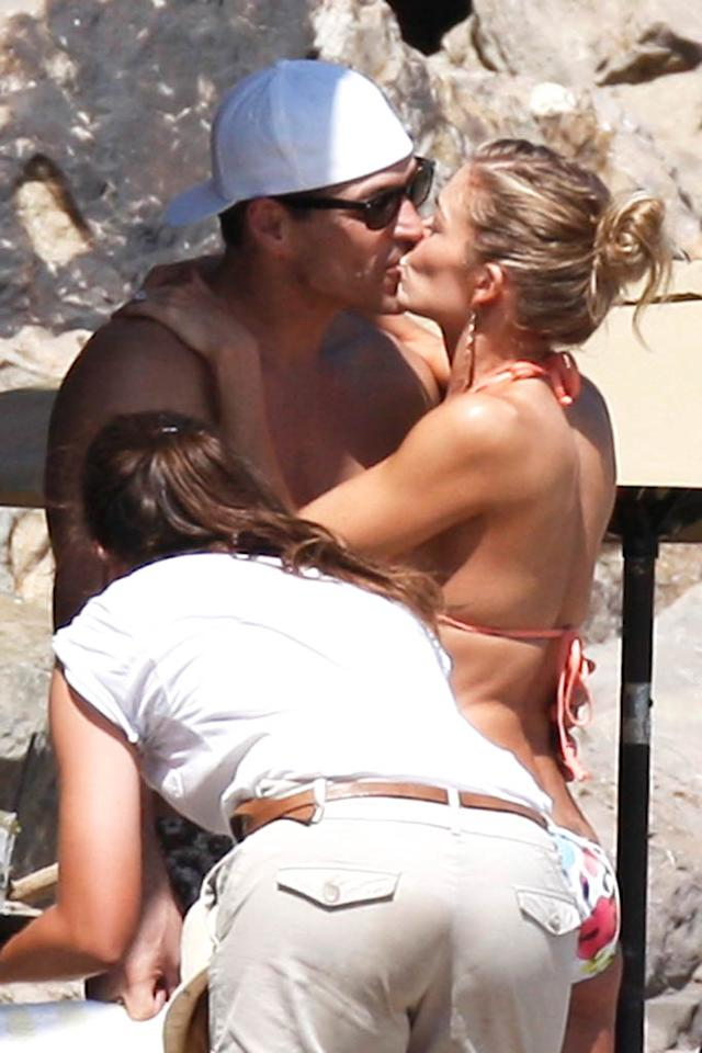 "The birthday girl got one serious smooch from actor hubby Eddie Cibrian. The two married in April and are clearly still in the honeymoon phase! MAP/<a href=""http://www.splashnewsonline.com"" target=""new"">Splash News</a> - August 27, 2011"