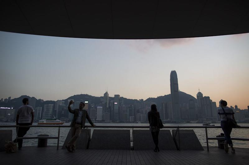 China Tower Seeks to Raise Up to $8.7 Billion in Hong Kong IPO