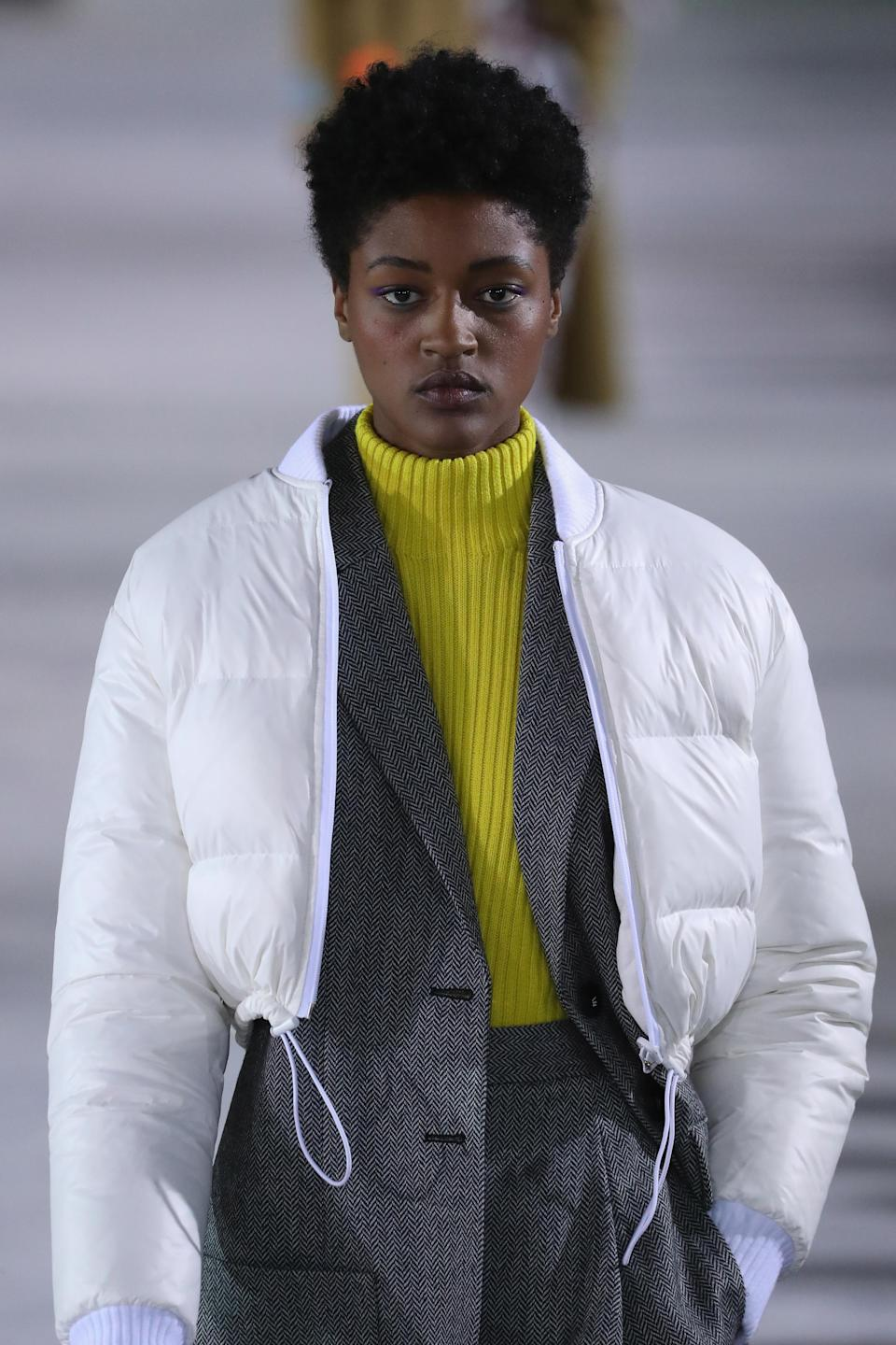 <p>The subtle texture in this minature Afro adds flair. (Photo: Getty Images) </p>