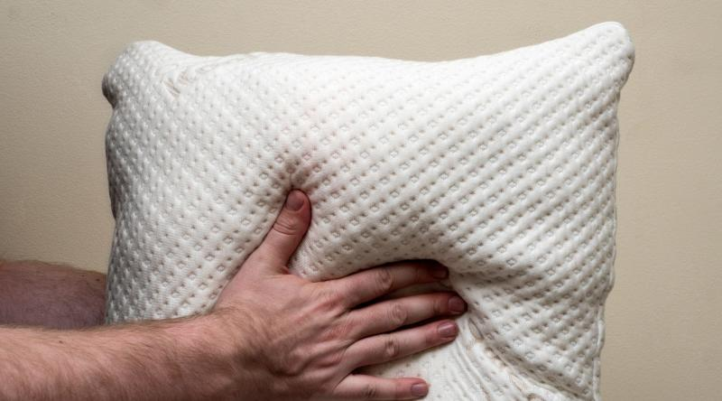 Christmas gifts for moms 2019: Xtreme Comforts Memory Foam Pillow