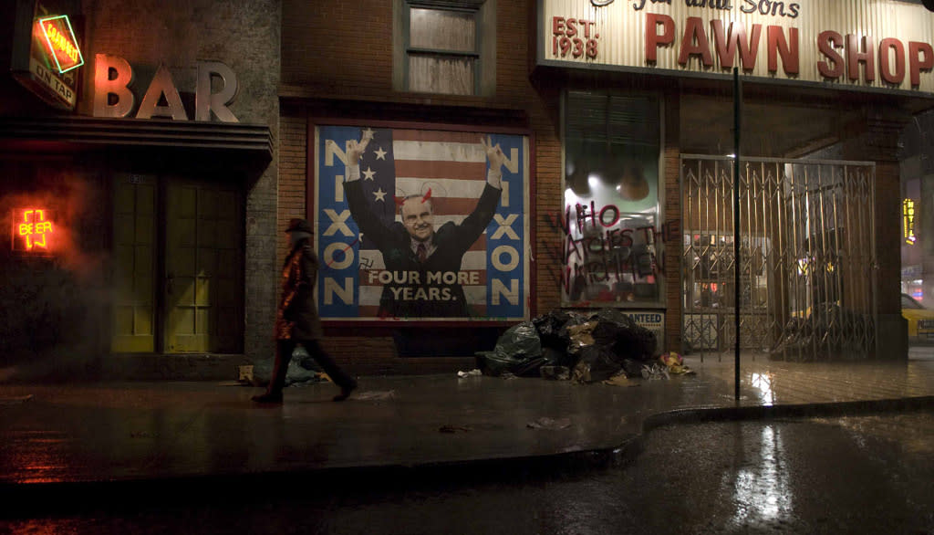 "On the set of Warner Bros. Pictures' <a href=""http://movies.yahoo.com/movie/1808406490/info"">Watchmen</a> - 2009"