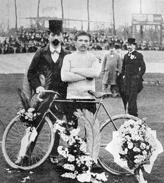 <p>Cyclist Maurice Gavin wins the first Tour de France in 1903. He beat other competitors by only one minute. </p>