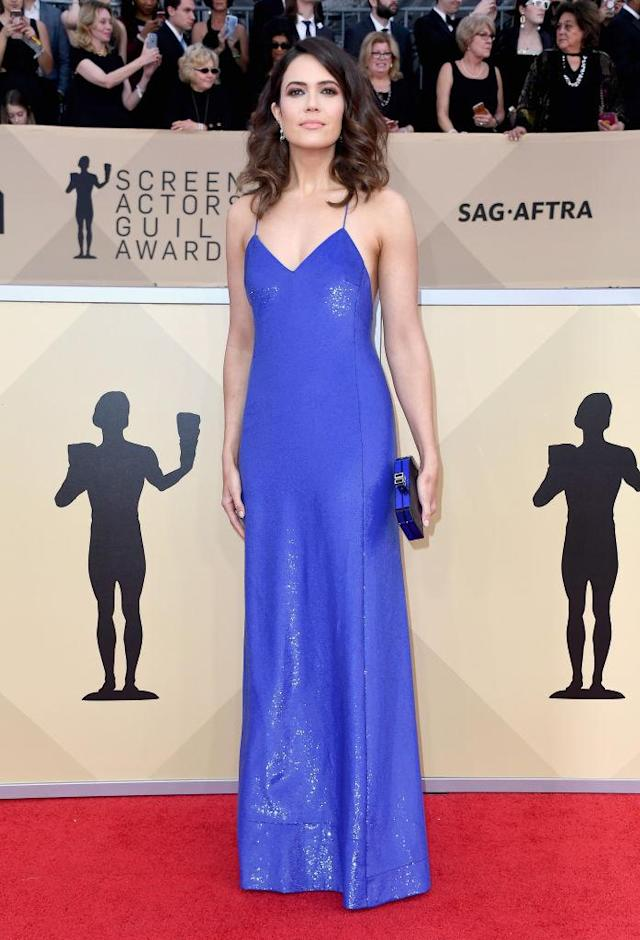 <p>Moore looked like a dream in a glimmering blue dress. (Photo: Getty Images) </p>