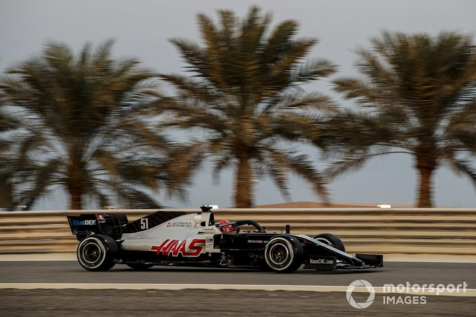 """Pietro Fittipaldi, Haas F1 Haas VF-20<span class=""""copyright"""">Zak Mauger / Motorsport Images</span>"""
