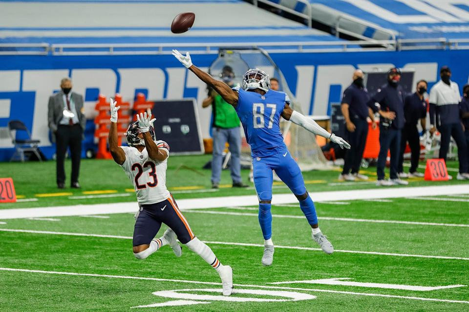Detroit Lions receiver Quintez Cephus tries to make a catch against Chicago Bears cornerback Kyle Fuller during the second half at Ford Field, Sunday, Sept. 13, 2020.