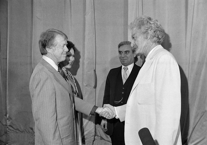 President Jimmy Carter and First Lady Rosalynn Carter meet with actor Hal Holbrook backstage