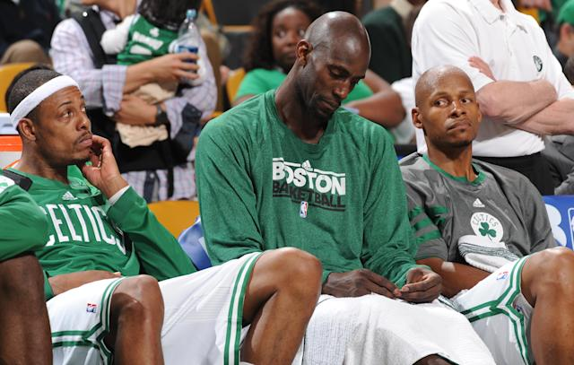 "This 2012 picture captures the last time Kevin Garnett and Ray Allen were on speaking terms as <a class=""link rapid-noclick-resp"" href=""/nba/teams/bos"" data-ylk=""slk:Boston Celtics"">Boston Celtics</a> teammates. (Getty Images)"