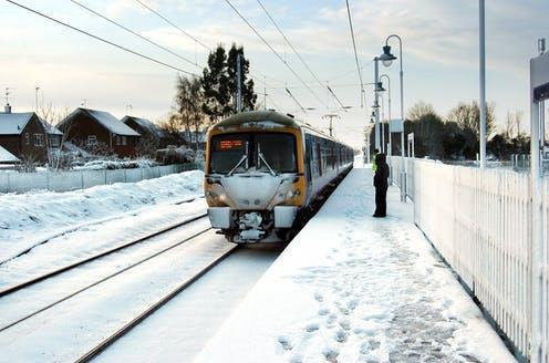 "<span class=""caption"">A snowy start to the day at Watlington station, King's Lynn. December 18 2009.</span> <span class=""attribution""><a class=""link rapid-noclick-resp"" href=""https://en.wikipedia.org/wiki/Winter_of_2009%E2%80%9310_in_Great_Britain_and_Ireland#/media/File:Snowy_365_at_Watlington.JPG"" rel=""nofollow noopener"" target=""_blank"" data-ylk=""slk:Lewis Collard/Wikipedia"">Lewis Collard/Wikipedia</a></span>"