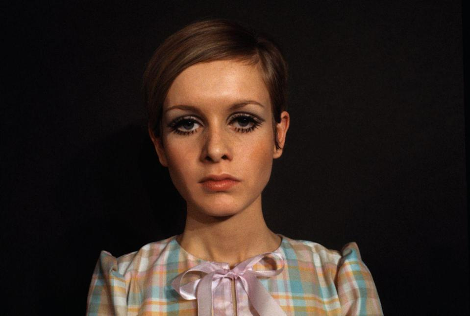 <p>Everyone has heard of the icon Twiggy, but she's more than just a legendary model. The Brit took home not one, but two Golden Globes for her performance in 1972's <em>The Boyfriend</em>.</p>