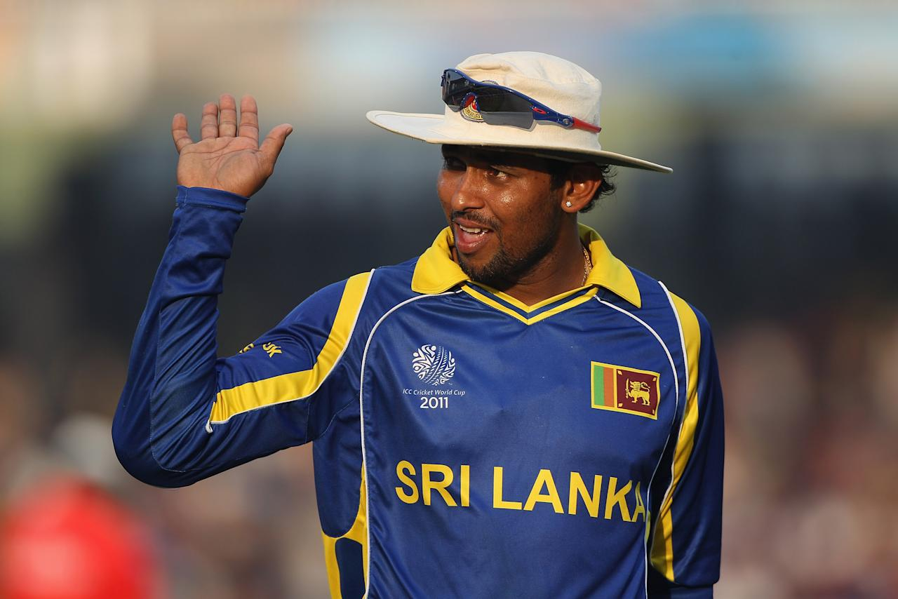 COLOMBO, SRI LANKA - MARCH 01:  Tillakaratne Dilshan of Sri Lanka during the Kenya v Sri Lanka 2011 ICC World Cup Group A match at the R. Premadasa Stadium on March 1, 2011 in Colombo, Sri Lanka.  (Photo by Michael Steele/Getty Images)