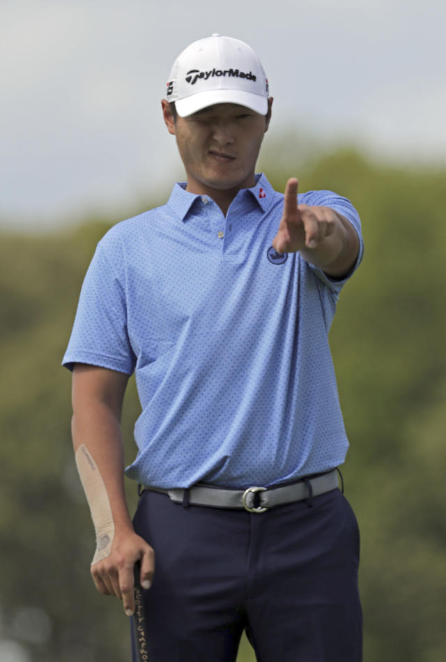 Danny Lee, of New Zealand, lines up a putt on the 11th green during the first round of the PGA Championship golf tournament, Thursday, May 16, 2019, at Bethpage Black in Farmingdale, N.Y. (AP Photo/Charles Krupa)
