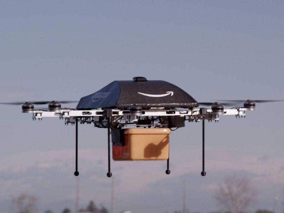 A US regulator has approved Amazon testing of 30-minute delivery flights