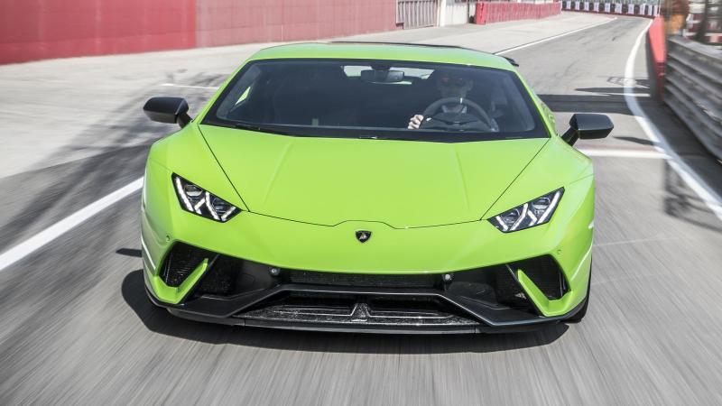 Ferrari 488 Pista Vs Lamborghini Huracan Performante The