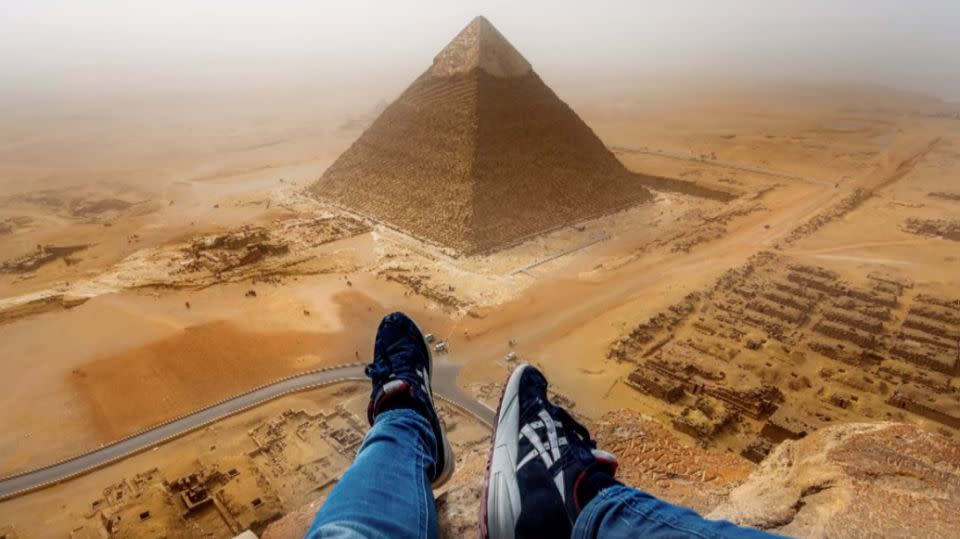 Andrej Ciesielski performed the daredevil stunt while on holiday in Cairo. Photo: Andrej Ciesielski
