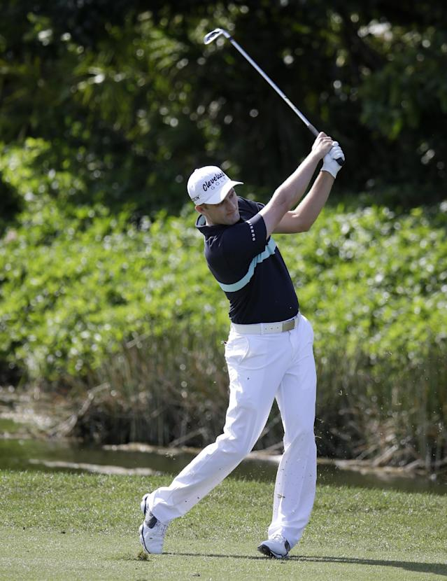Russell Knox hits from the sixth fairway during the final round of the Honda Classic golf tournament on Sunday, March 2, 2014, in Palm Beach Gardens, Fla. (AP Photo/Lynne Sladky)