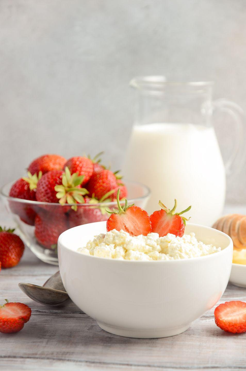 """<p>Just one piece of part-skim mozzarella can add 8 grams of protein (that's the same as one egg!) to your breakfast. A half cup of lower-sodium cottage cheese can pack up to <em>20 grams</em>. Dairy also provides calcium, magnesium, and potassium that'll aid in <a href=""""https://www.goodhousekeeping.com/health/diet-nutrition/a20707480/natural-diuretics/"""" rel=""""nofollow noopener"""" target=""""_blank"""" data-ylk=""""slk:reducing bloat"""" class=""""link rapid-noclick-resp"""">reducing bloat</a>, balancing blood pressure, and helping you stay energized. Use around 1⁄3 cup of cheese as the main source of protein in the meal; use 1⁄4 cup if it's for adding flavor (e.g., an omelet).</p>"""