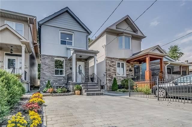 <p><span>50 Wiley Ave, Toronto, Ont.</span><br> Location: Toronto, Ontario<br> List Price: $999,000<br> (Photo: Zoocasa) </p>