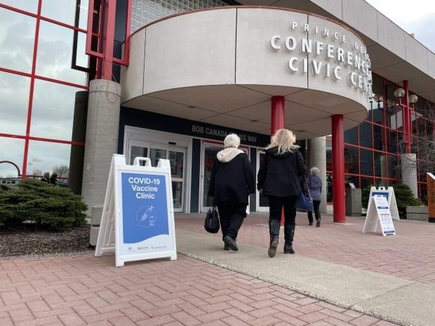 The vaccine clinic at the Prince George Conference and Civic Centre.  (Andrew Kurjata/CBC - image credit)