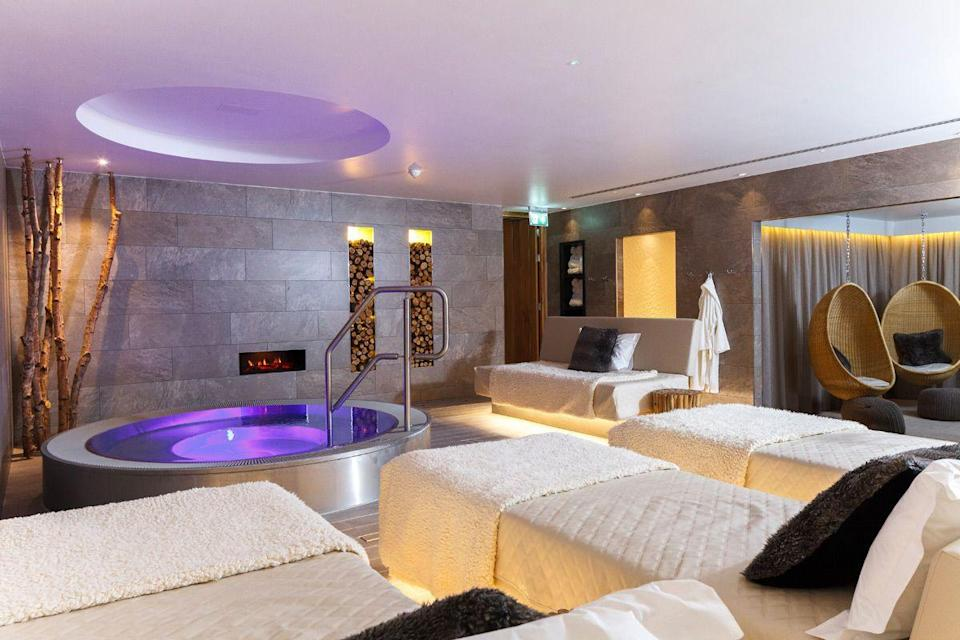 """<p><strong>Current deal: Spa break for two for £499</strong></p><p><strong>Reopening 31 July</strong></p><p>This stunning spa, complete with a Downton-esque driveway, and 175 acres of glorious countryside you can easily access from London is as heavenly as they come. At <a href=""""https://go.redirectingat.com?id=127X1599956&url=https%3A%2F%2Fwww.redletterdays.co.uk%2Fexperience%2Fref%2Fchabt%2Fhealth-spa-break-for-two-at-champneys-health-resort-tring-hertfordshire&sref=https%3A%2F%2Fwww.womenshealthmag.com%2Fuk%2Ffitness%2Ffitness-holidays%2Fg31282174%2Fbest-spas-in-uk%2F"""" rel=""""nofollow noopener"""" target=""""_blank"""" data-ylk=""""slk:Champneys Tring"""" class=""""link rapid-noclick-resp"""">Champneys Tring</a>, there's everything you could ask from a traditional spa with leading innovations. </p><p>You'll find an array of pools (yes, plural), 62 treatment rooms, up to 20 fitness classes a day, tennis courts an infrared booth and so much more. This is one to choose if you're looking to seriously impress. </p><p><a class=""""link rapid-noclick-resp"""" href=""""https://go.redirectingat.com?id=127X1599956&url=https%3A%2F%2Fwww.redletterdays.co.uk%2Fexperience%2Fref%2Fchabt%2Fhealth-spa-break-for-two-at-champneys-health-resort-tring-hertfordshire&sref=https%3A%2F%2Fwww.womenshealthmag.com%2Fuk%2Ffitness%2Ffitness-holidays%2Fg31282174%2Fbest-spas-in-uk%2F"""" rel=""""nofollow noopener"""" target=""""_blank"""" data-ylk=""""slk:FIND OUT MORE"""">FIND OUT MORE</a></p>"""