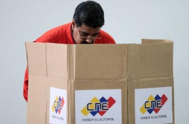 Amid empty streets, Venezuelans vote for all-powerful assembly