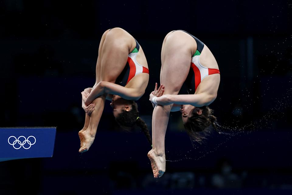 TOKYO, JAPAN - JULY 27: Alejandra Orozco Loza and Gabriela Agundez Garcia of Team Mexico compete during the Women's Synchronised 10m Platform Final on day four of the Tokyo 2020 Olympic Games at Tokyo Aquatics Centre on July 27, 2021 in Tokyo, Japan. (Photo by Clive Rose/Getty Images)