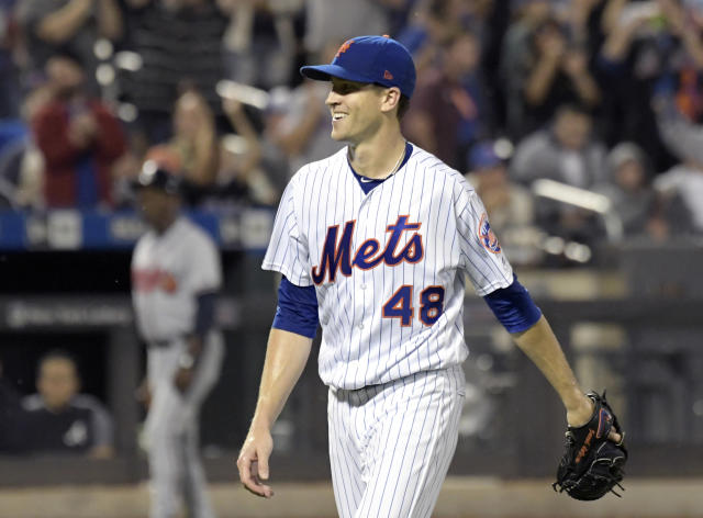 Jacob deGrom's hard-luck season would have a fairy-tale ending if he wins the NL Cy Young award. (AP)