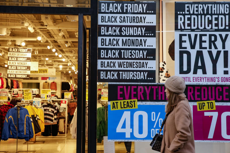 A Forever 21 store advertises sales ahead of the Black Friday sales on November 20, 2019 in London, England. Photo: Hollie Adams/Getty Images