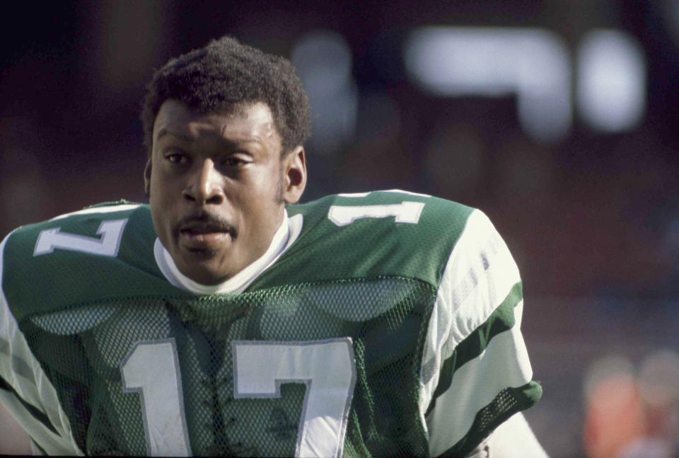 Harold Carmichael, running back for the Philadelphia Eagles, is shown during a game against the St. Louis Cardinals in Philadelphia, Pa., Dec. 14, 1980. (AP Photo/Clem Murray)