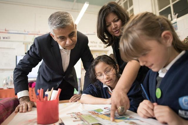 Mayor of London Sadiq Khan has welcomed the decision to keep schools shut