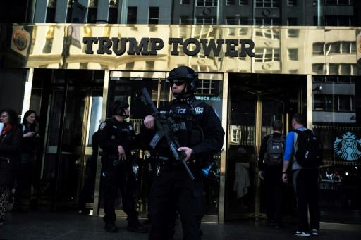Polizisten vor dem Trump Tower in New York
