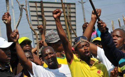 S.Africa workers reject new offer from Amplats