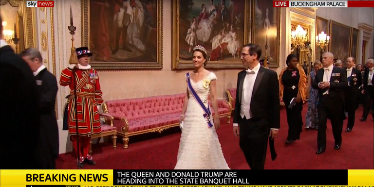 The Trumps arrive at Buckingham Palace, meet the Queen
