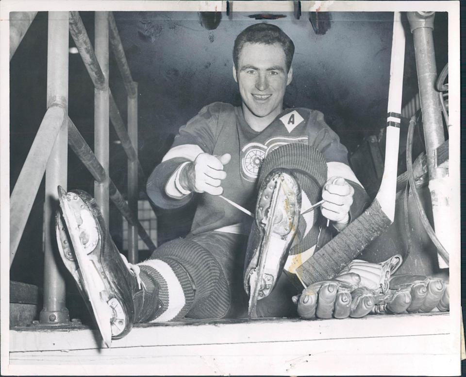 Red Kelly played for the Red Wings from 1947-60.
