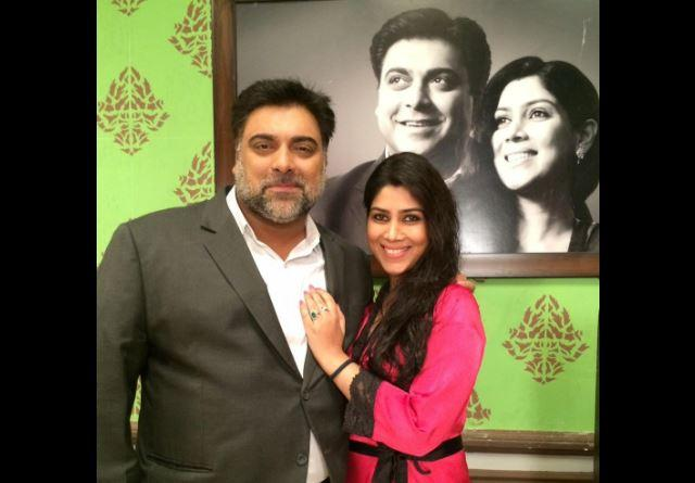Ram Kapoor and Sakshi Tanwar look refreshing in poster of new web series Karrle Tu Bhi Mohabbat