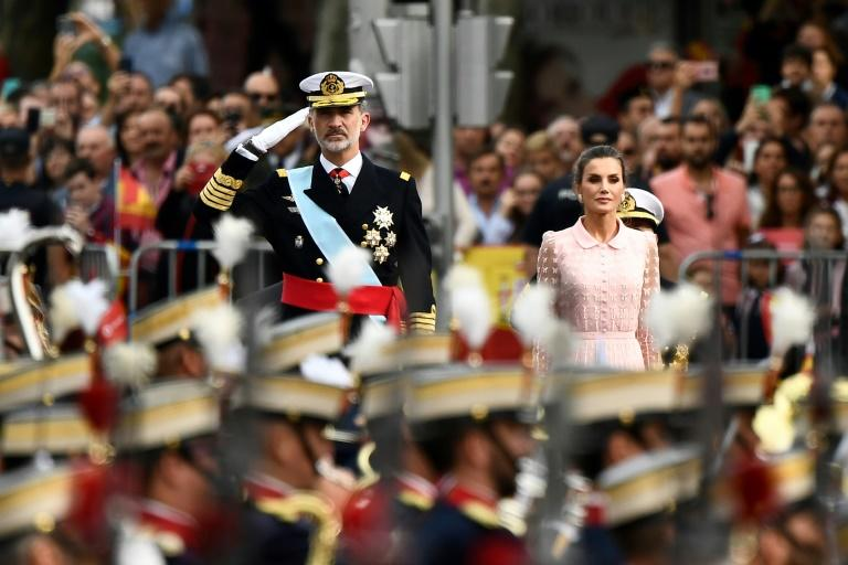 King Felipe VI presided over the traditional military parade in Madrid (AFP Photo/OSCAR DEL POZO)