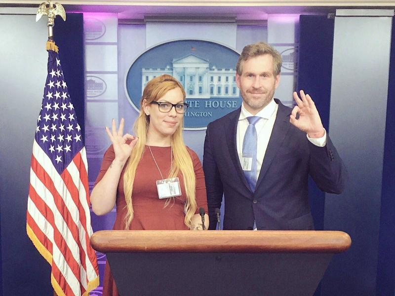 Cassandra Fairbanks and Mike Cernovich pose in the White House briefing room: Twitter/Cassandra Fairbanks