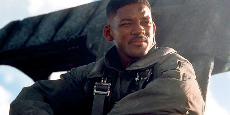 Will Smith punches aliens in 'Independence Day'. Credit: Twentieth Century Fox.