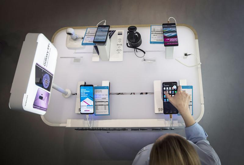 """(Bloomberg) -- Telenor ASA shares fell the most in over a year after the biggest phone carrier in the Nordic region cut its full-year outlook as it struggles amid increased competition in key markets.The Oslo-based company warned that revenue from phone customers and data would likely be little changed this year, after earlier anticipating a 2% gain. Earnings could also post a """"low single digit"""" decline, compared to a previous forecast for a 1-3% gain. """"The reason why we are lowering the guidance in 2019 is because we now include Thailand and we see much tougher than expected competition in Malaysia,"""" Chief Executive Officer Sigve Brekke said in an interview in Oslo after presenting earnings. Telenor is being pressured by slow growth in its mature markets in the Nordic region and competition at its businesses across Asia. The company is in the process of completing a takeover of Finland's DNA Oyj, to further challenge its Swedish rival Telia Co AB. It's also in talks with Axiata Group Bhd. to merge operations in Asia, combining their telecom and infrastructure assets to create a company with 300 million customers in nine countries.Second quarter profit also disappointed. Earnings before interest, depreciation and amortization fell 2% to 11.1 billion kroner ($1.3 billion), missing an estimate of 11.3 billion kroner. Revenue was in line with estimates at 28 billion kroner. The shares declined as much as 5.7%, the biggest intraday drop since June last year. They were down 4% to 174.95 kroner as of 1:42 p.m. in Oslo. """"We will continue to cut costs on a group level,"""" Brekke said. """"Digitalization of core businesses implies layoffs in customer service and other parts of the business."""" Frank Maao, an analyst at DNB ASA, said that the new outlook constitutes an implicit lowering of Ebitda growth guidance to about minus 1%. The numbers were """"soft,"""" driven by weakness in Pakistan and Norway, he said.What Bloomberg Intelligence says...Telenor's muted 2Q growth and lowered full-"""