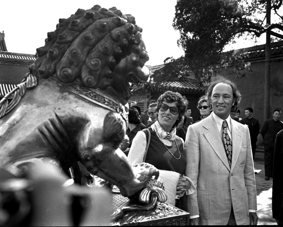 Former prime minister Pierre Trudeau and wife Margaret visit the Forbidden City in Beijing, China, on Oct. 13, 1973. THE CANADIAN PRESS/PETER BREGG