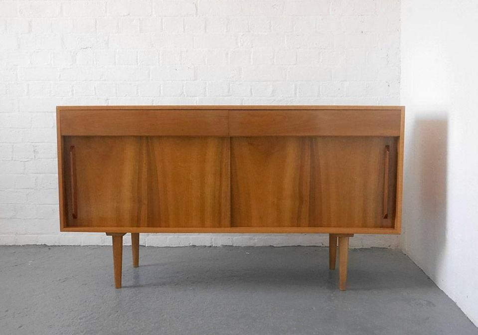 <p>The master of British mid-century design, Robin Day's pieces are perennially popular. Designed in early 1950s, the 'Hilleplan' range was Day's first fully realised storage system for the British brand, for whom he also designed chairs, tables. Although Hille is still around today, it now focuses on seating and tables, so these early storage pieces are much sought after vintage finds.</p>
