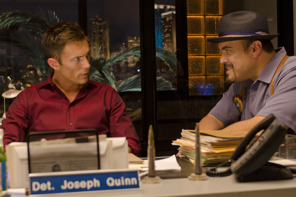 "Desmond Harrington as Joey Quinn and David Zayas as Angel Batista in the ""Dexter"" episode, ""Run."""