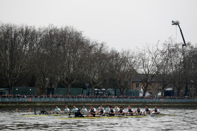 Rowing - 2018 Oxford University vs Cambridge University Boat Race - London, Britain - March 24, 2018 Cambridge and Oxford during the men's boat race REUTERS/Peter Cziborra