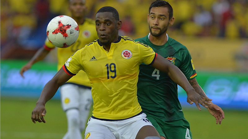 Duvan Zapata with Colombia shirt