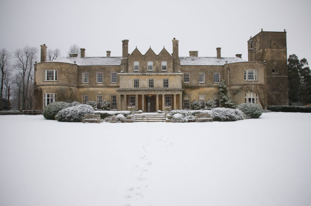 <p>The charming Lucknam Park Hotel near Bath is the perfect quintessential Christmas retreat. The traditional Christmas schedule includes afternoon tea, Christmas carols and Santa arriving in a Victorian horse drawn carriage. <i>[Photo: Lucknam Park Hotel]</i></p>