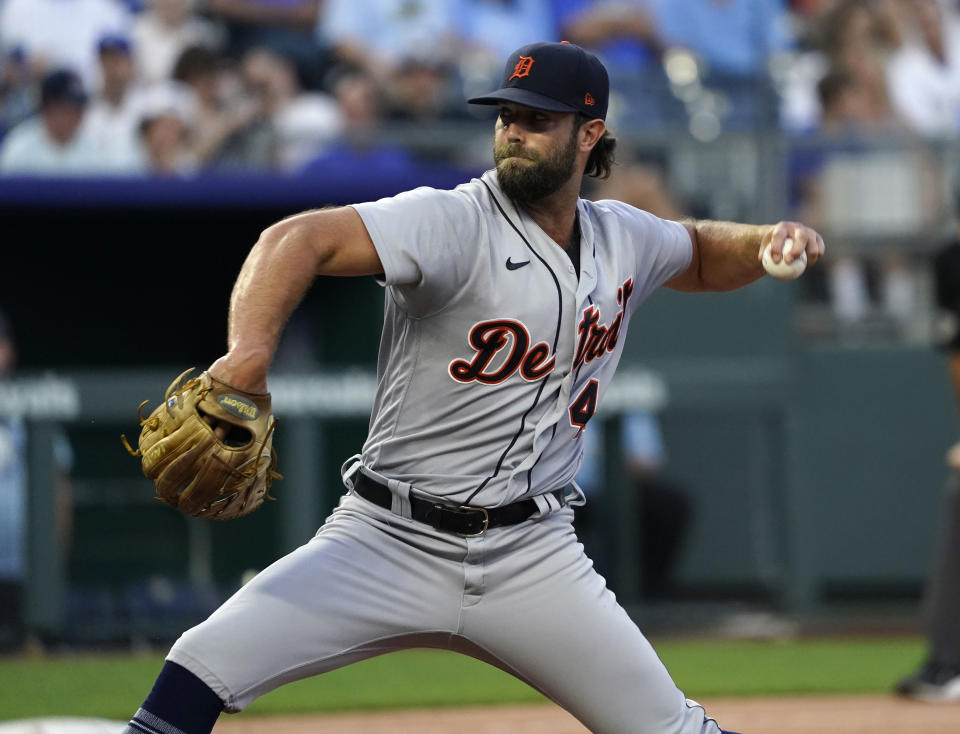 KANSAS CITY, MISSOURI - JULY 24:  Daniel Norris #44 of the Detroit Tigers throws in the fifth inning against the Kansas City Royals at Kauffman Stadium on July 24, 2021 in Kansas City, Missouri. (Photo by Ed Zurga/Getty Images)