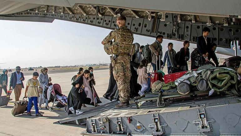 Which countries will take in the Afghan refugees?