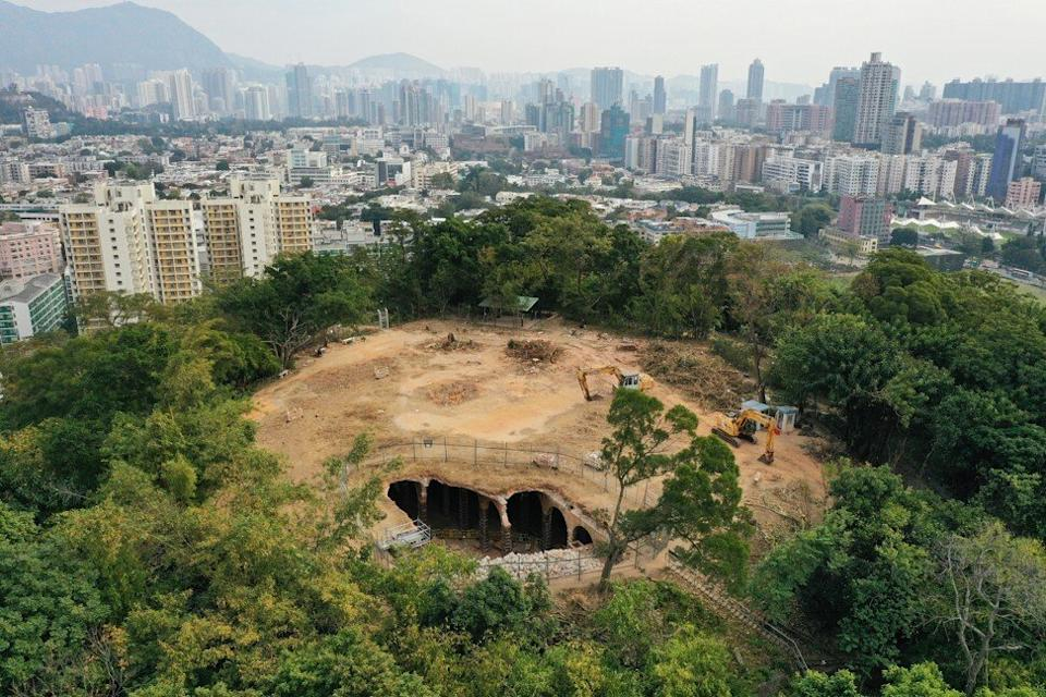 An uncovered reservoir that was recently saved from demolition following public outcry is seen on Shek Kip Mei's Wo Chai hill (Bishop Hill) on Tuesday. Photo: Sam Tsang