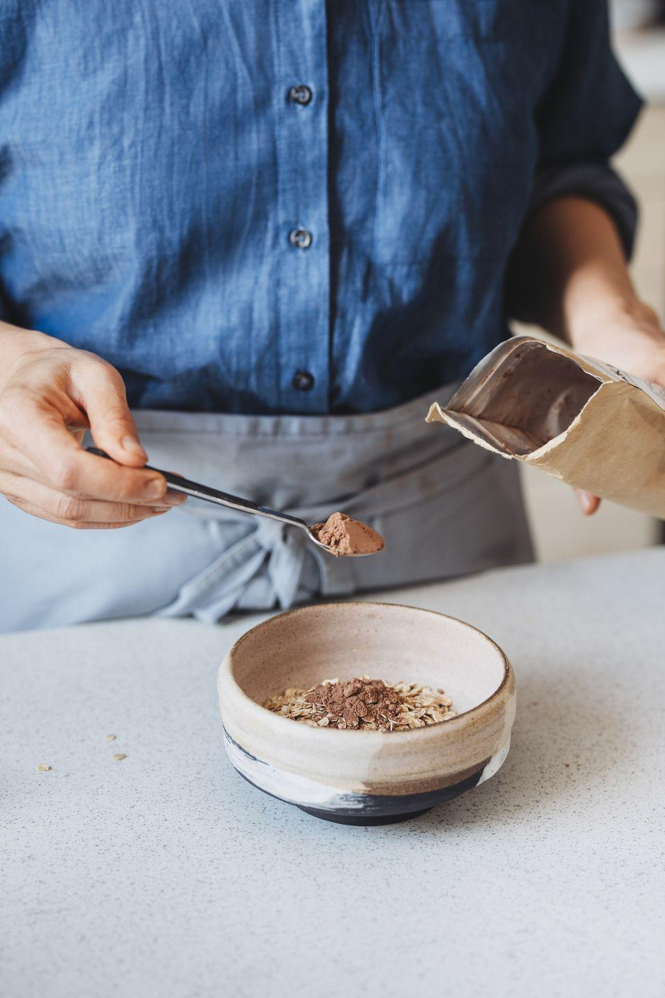 """<p>""""<strong>One serving of oatmeal is right around 150 calories and also provides around 3-4 grams of fiber to support healthy digestion.</strong> I love adding a tablespoon of nut butter for an extra source of healthy fats that helps with both overall satiety and flavor,"""" Zhu says. </p>"""