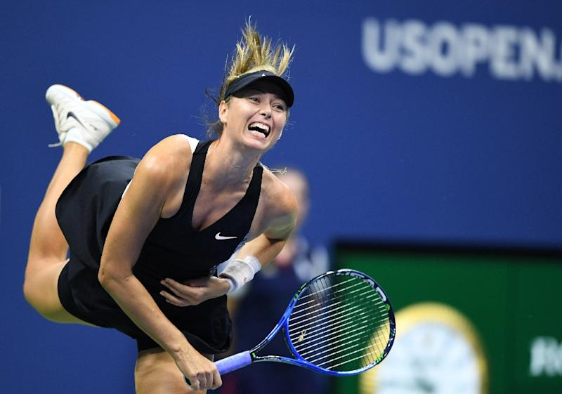 Sharapova closes out Cirstea to advance at US Open