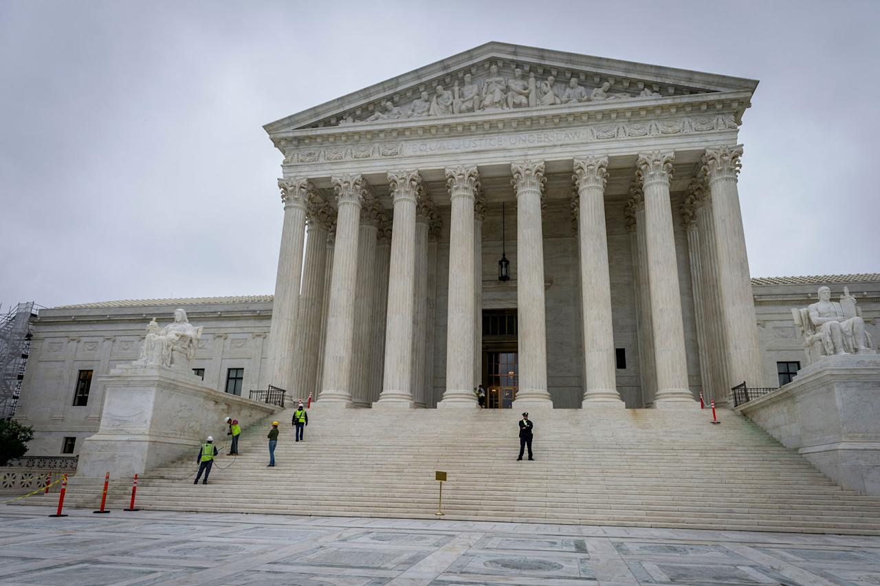 <p>The U.S. Supreme Court Building in Washington, D.C. (Photo: Mary F. Calvert for Yahoo News) </p>